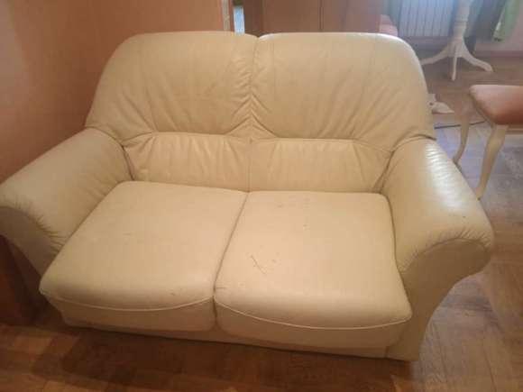 белый диван после химчистки