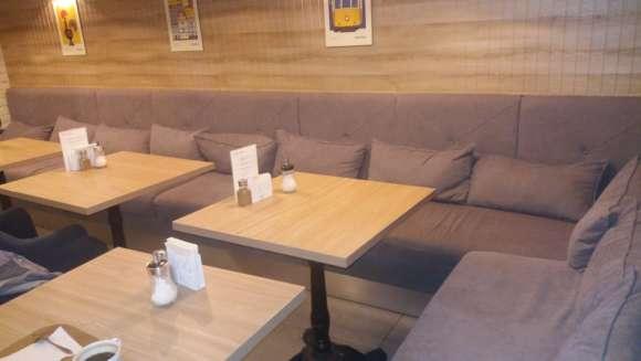 Мягкая мебель ресторана до химчистки