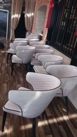 Мягкая мебель из кафе после химчистки