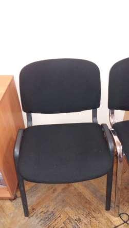 Офисная мягкая мебель после чистки